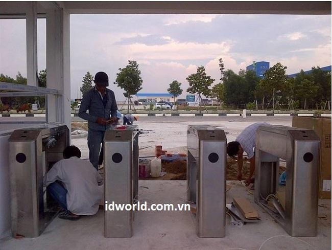 Lắp đặt cổng an ninh tại bao bì TAI YUAN Bình Dương