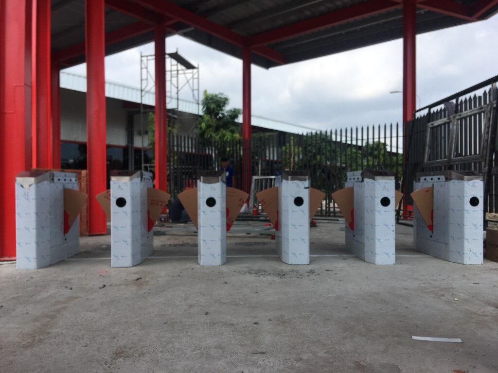 Lắp đặt cổng an ninh Flap Barrier cho Việt Vương 3 Bến Tre